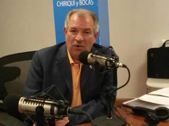 Reavaluos en Radio Panamá por Benjamín Colamarco